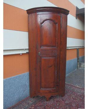 ANGOLIERA A UNA PORTA RUSTICA EPOCA FINE 700 cm L90 x P lato 59 x H190