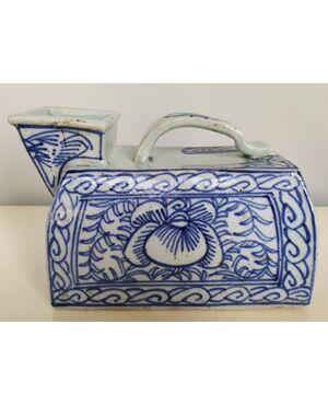 Versatoio in porcellana di Cina bianca e blu - 21 cm - XIX sec.