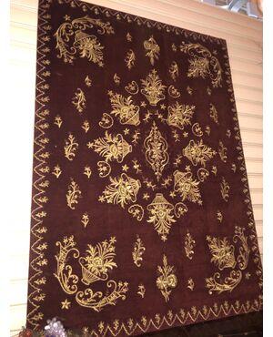 Pannello adatto anche a testata letto ricamato a mano con filo d'oro