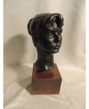 bronzo ;testa di fanciulla di  Molino  , h cm 24