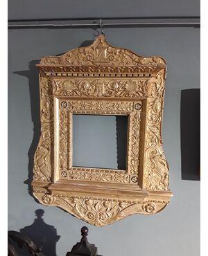 cornice neoclassica del 1790 circa
