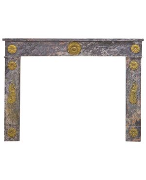 Camino francese in marmo epoca Carlo X con fregi dorati -. M/895